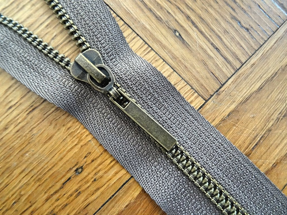 Olive Brown-Brass 55cm Closed End Zip