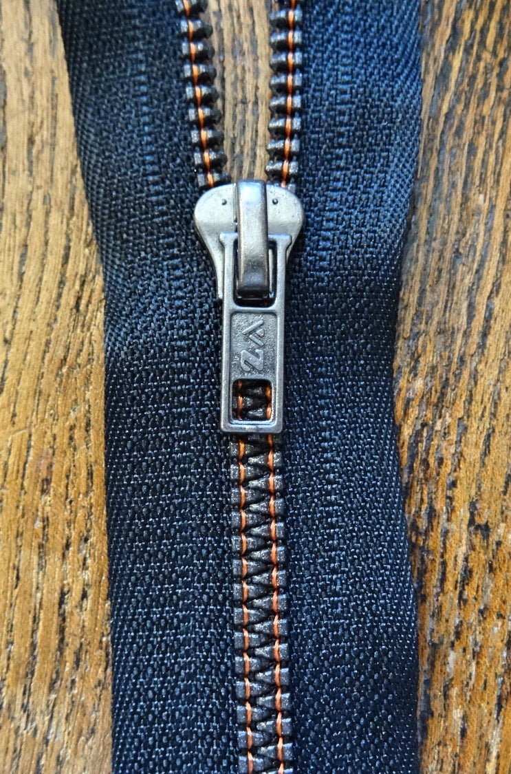 No6 25cm Black and Orange Closed End Metallised Zip