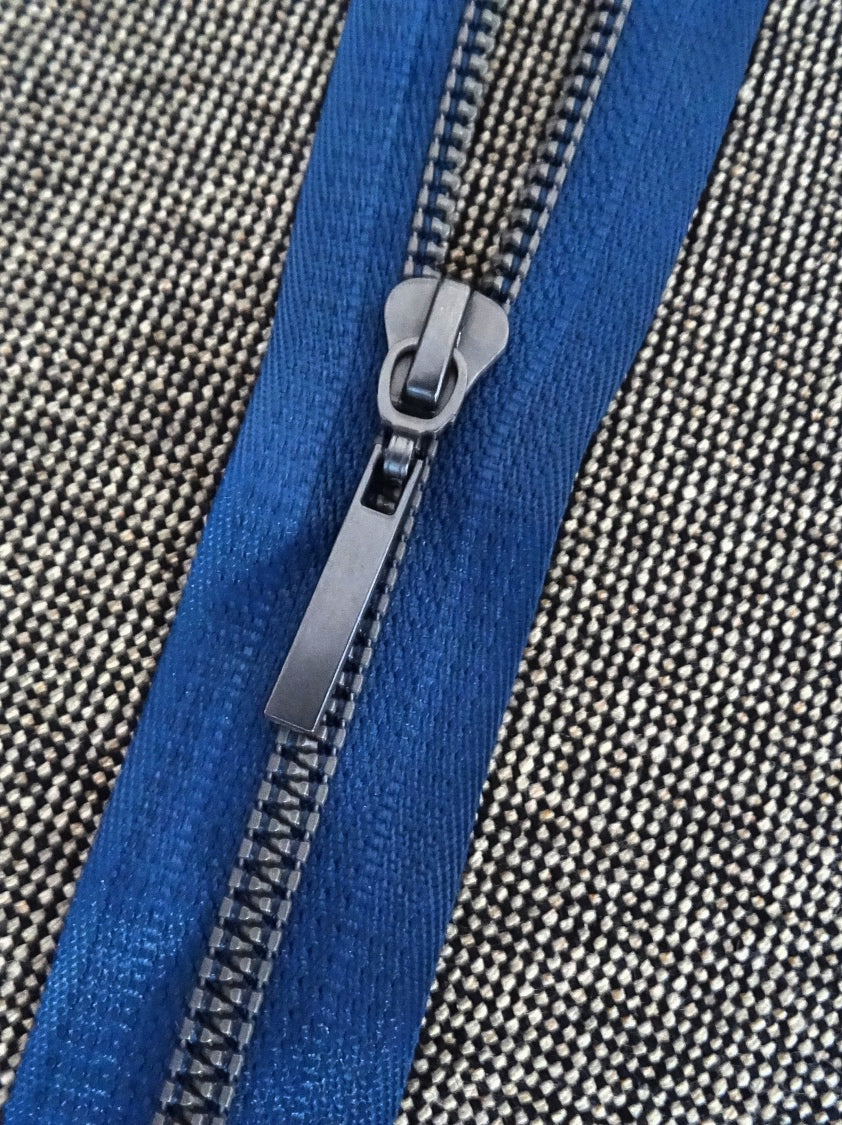 Indigo Blue No6 54cm Closed End Zip