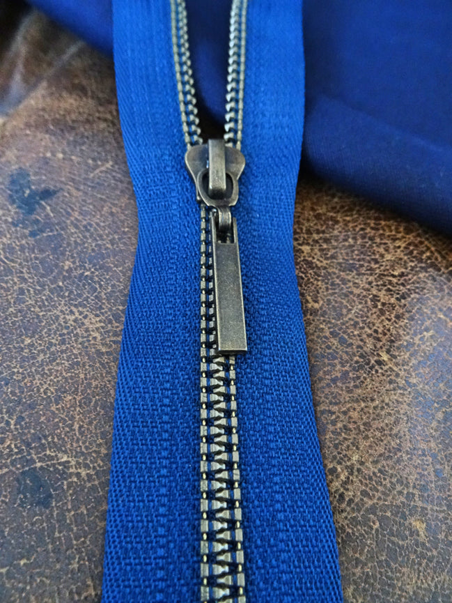 Navy Blue No 6 Closed End 20cm Zip (AVAILABLE TO ORDER)