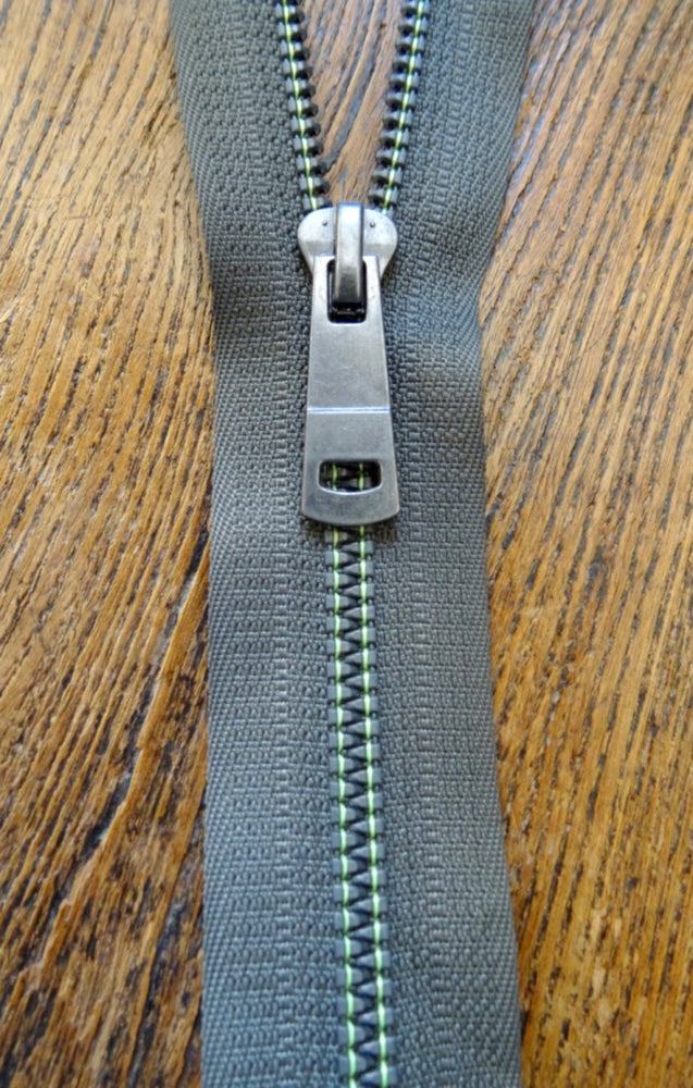No6 Open End 66cm Khaki Metallized Zipper