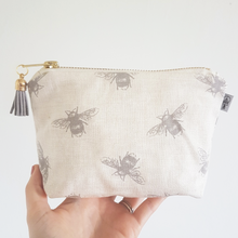 Bumble Bee Square Essential Oil Bag