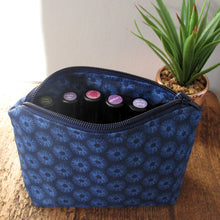 Navy Daisy Essential Oil Case - LIMITED EDITION