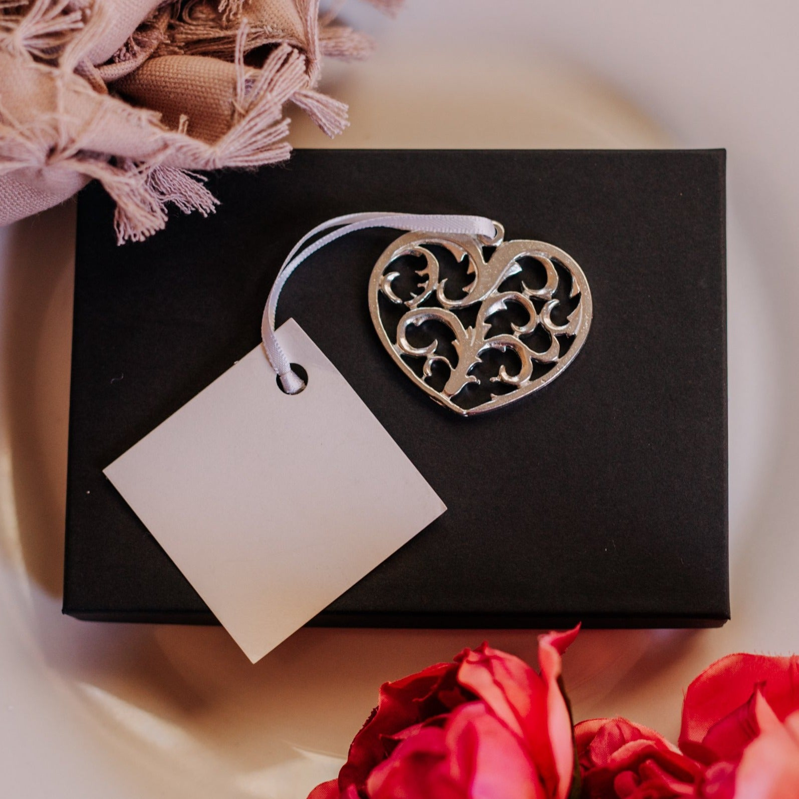 pewter wedding heart favors in bulk