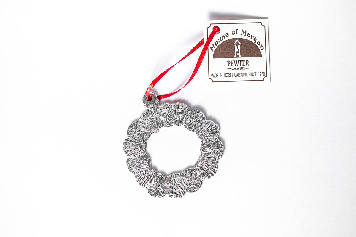 USA Handcrafted Seashell Wreath Beachy Shell Holiday Ornament Pewter Beach Lover Gift