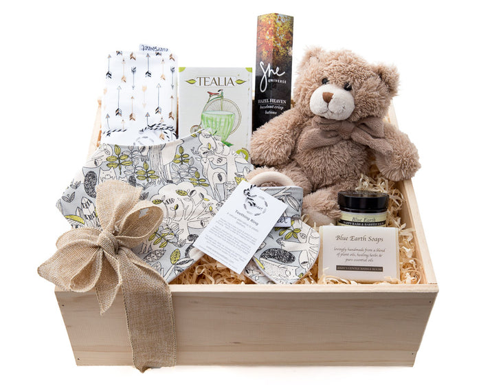 What a lovely way to Welcome this New Baby into your family than with a gift of pampering for the new Mum and Dad