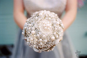 Elegant crystal and pearl keepsake bridal brooch bouquet