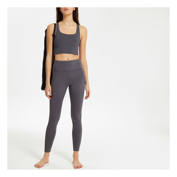 GIRLFRIEND COLLECTIVE Paloma Stretch Sports Bra in Grey