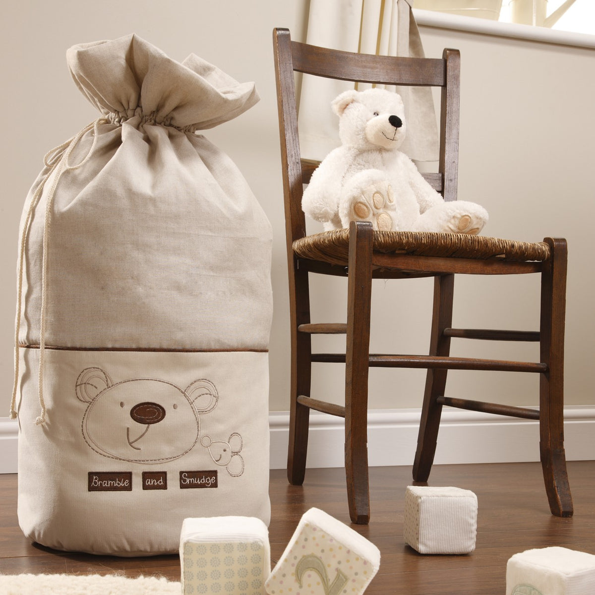 Bed-e-Byes Bramble and Smudge Laundry Bag