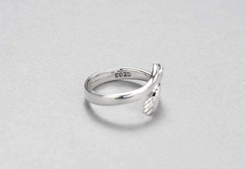 Hand Adjustable Ring in 925 Sterling Silver - Kina & Tam