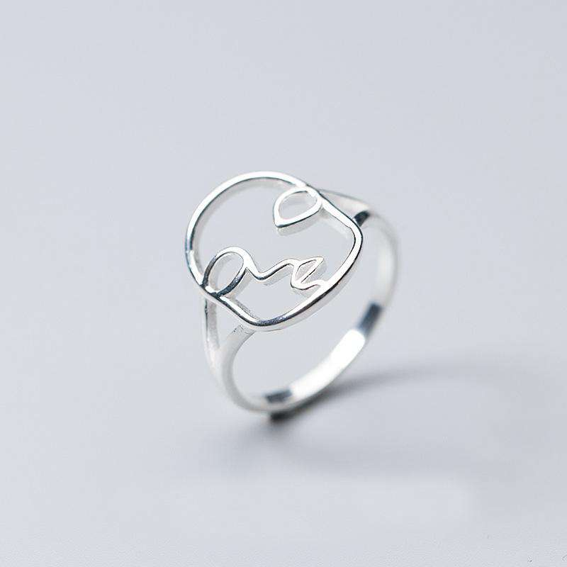 The Marabella Ring in 925 Sterling Silver