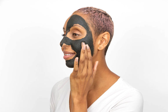 Activated Charcoal Soothing and Hydrating Mask