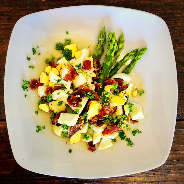 Bacon, Egg & Asparagus Salad