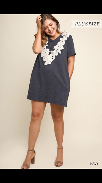 *Plus Size* Cassie Shift Dress