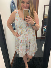Load image into Gallery viewer, Floral Flared Romper
