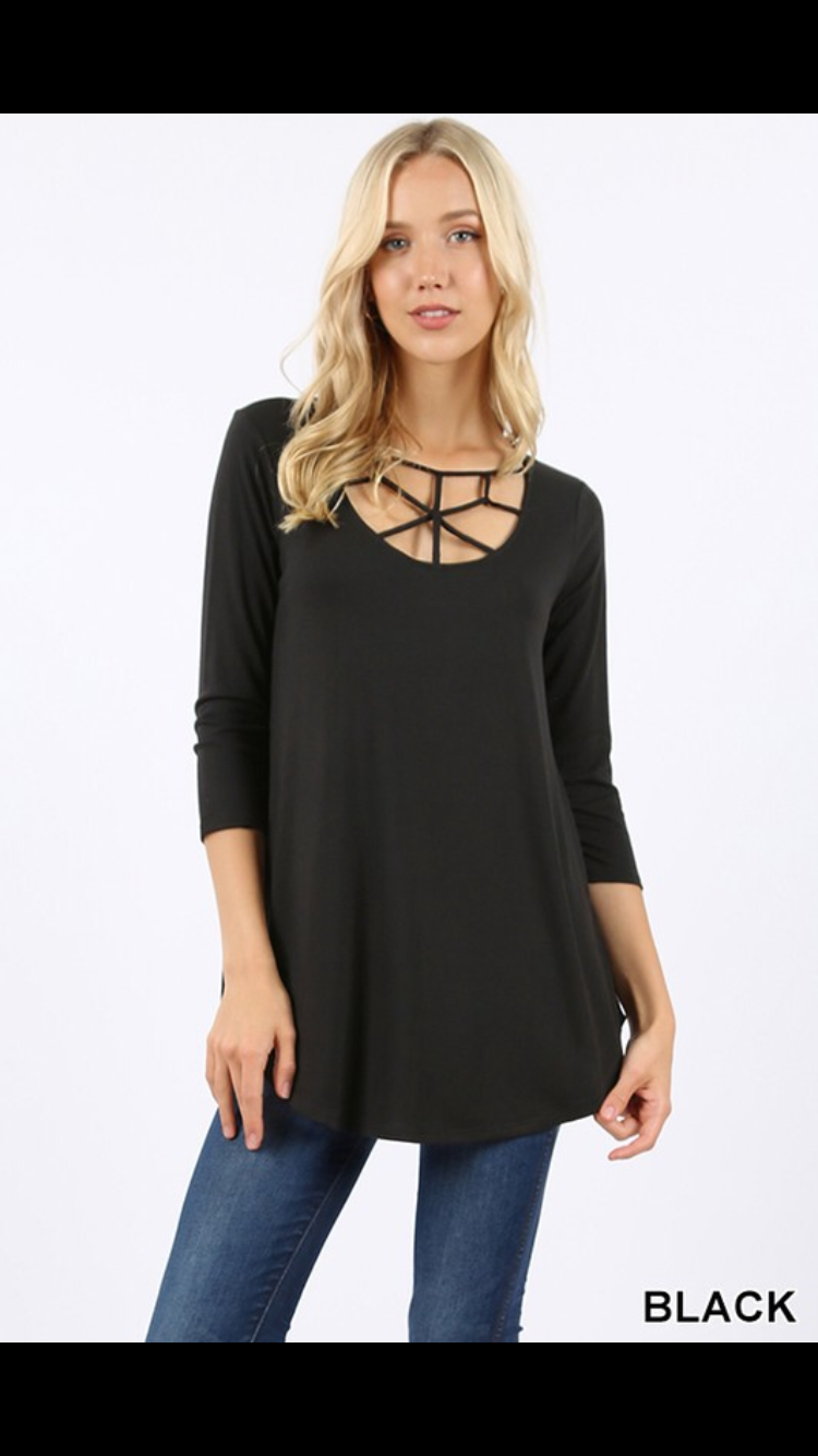 *Plus Size* Web Detail Top