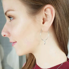 Antwerp Hand Hoop Earrings - White Gold Plated - Small Hands