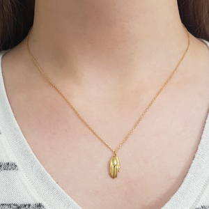 Antwerp Hand Necklace - Gold Plated