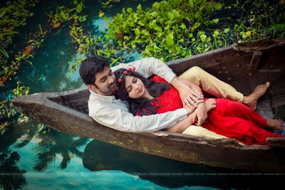 The Ocean of Love - A Dramatic Photo Shoot In A Variety Of Boats