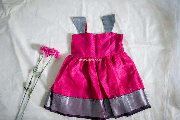 Pink Sleevless Silk Dress