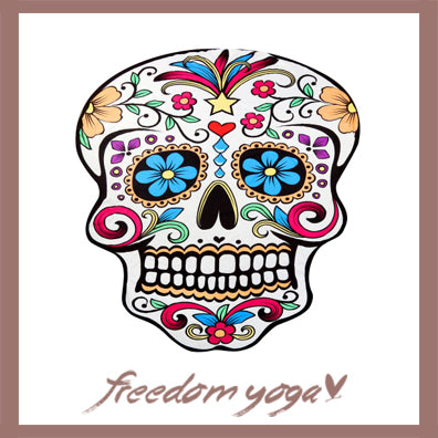 Round Yoga Towel - Skull pattern