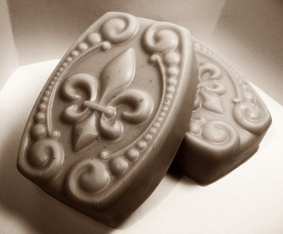 Dead Sea Mud & Shea Butter Soap - Gentle Treatment Soap with mineral mud from the Dead Sea