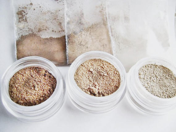 Natural Mineral  Matte Contour Color Trio - Medium Size with an extra jar for blending