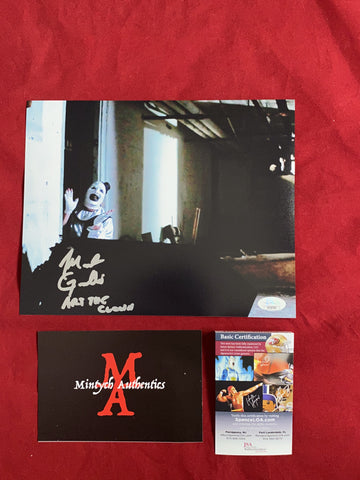 ART_106 - 8x10 Photo Autographed By Mike Giannelli