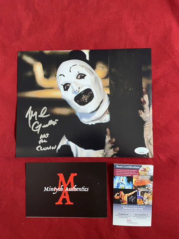 ART_108 - 8x10 Photo Autographed By Mike Giannelli