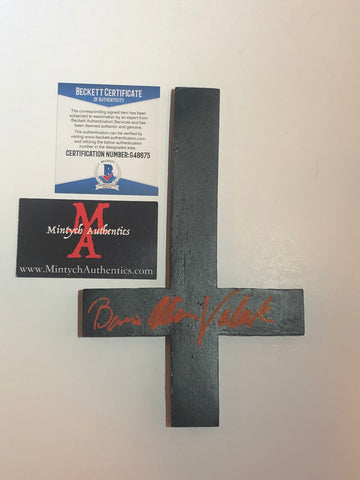 BA_21 - Resin Cross Autographed By Bonnie Aarons