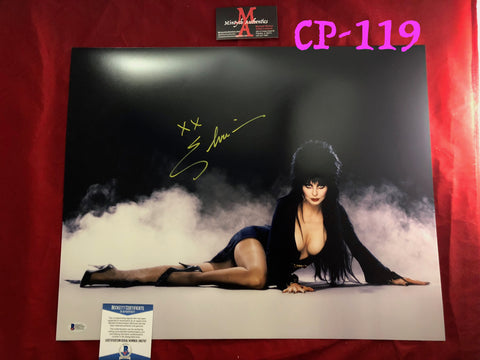 CP_119 - 16x20 Photo Autographed By Elvira