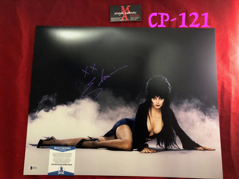 CP_121 - 16x20 Photo Autographed By Elvira