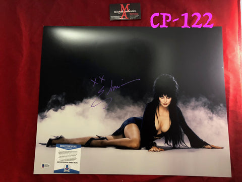 CP_122 - 16x20 Photo Autographed By Elvira