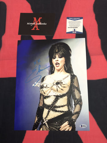 CP_234 - 11x14 Photo Autographed By Elvira