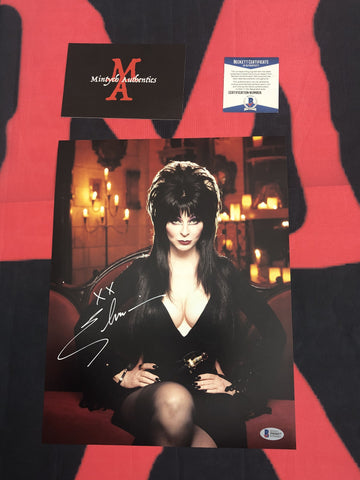 CP_242 - 11x14 Photo Autographed By Elvira
