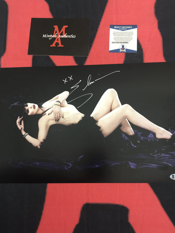 CP_251 - 11x17 Photo Autographed By Elvira