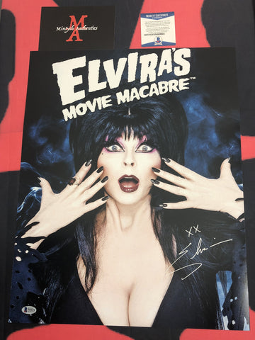 CP_253 - 16x20 Photo Autographed By Elvira