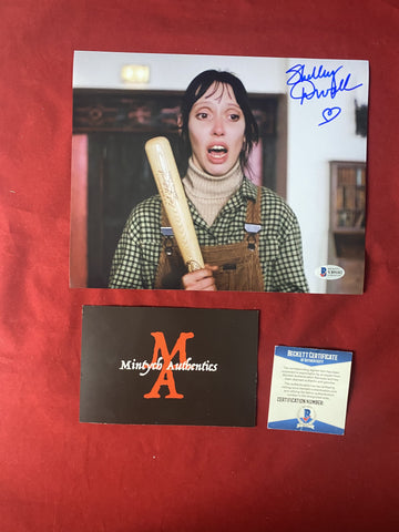 DUVALL_442 - 8x10 Photo Autographed By Shelley Duvall