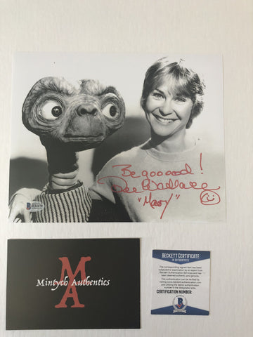 DW_72 - 8x10 Photo Autographed By Dee Wallace