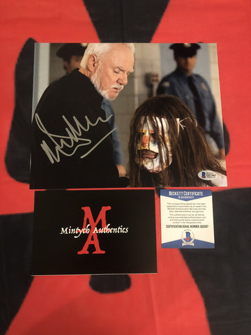 MALCOLM_025 - 8x10 Photo Autographed By Malcolm McDowell