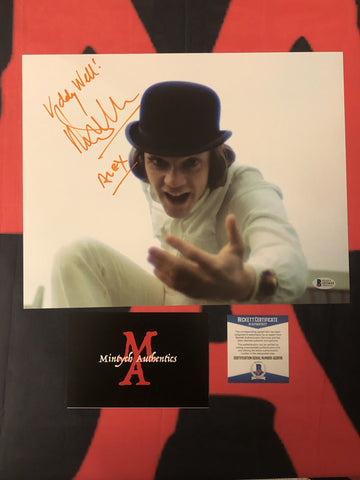 MALCOLM_089 - 11x14 Photo Autographed By Malcolm McDowell