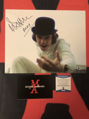 MALCOLM_093 - 11x14 Photo Autographed By Malcolm McDowell