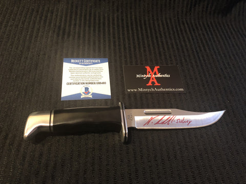 NEVE_31 - Real Buck 119 Knife Autographed By Neve Campbell