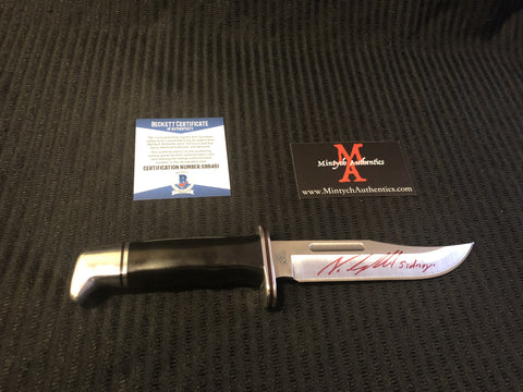 NEVE_32 - Real Buck 119 Knife Autographed By Neve Campbell