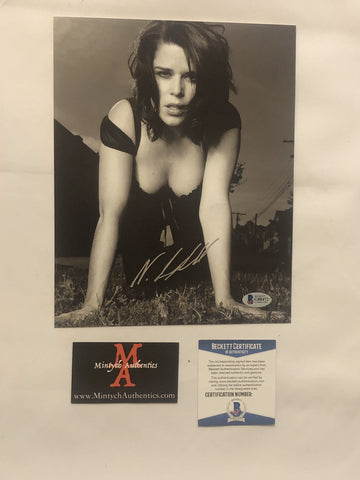 NEVE_73 - 8x10 Photo Autographed By Neve Campbell