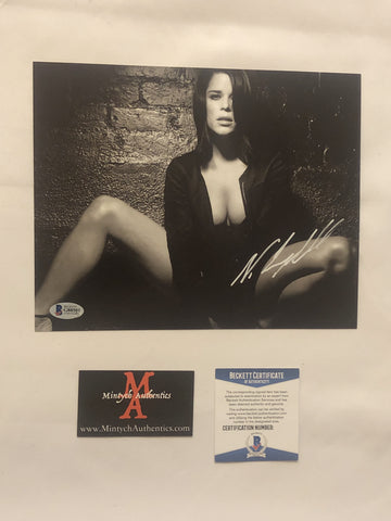 NEVE_77 - 8x10 Photo Autographed By Neve Campbell