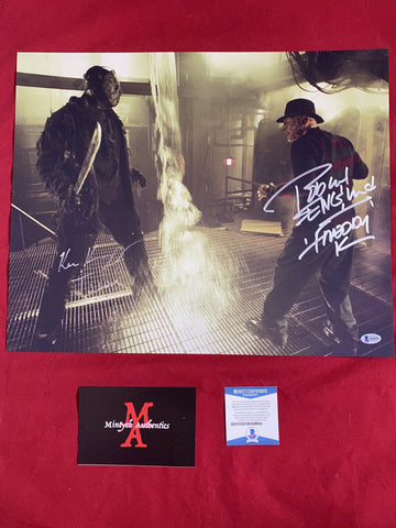 RE_39 - 16x20 Photo Autographed By Robert Englund & Ken Kirzinger