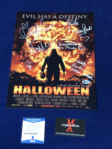 RZH_003 - 11x14 Photo Autographed By Seven Halloween Cast Members