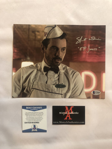 SU_100 - 8x10 Photo Autographed By Skeet Ulrich