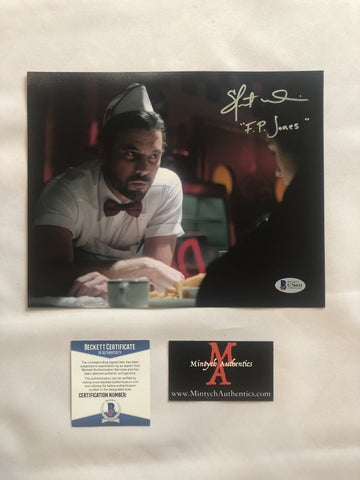 SU_103 - 8x10 Photo Autographed By Skeet Ulrich